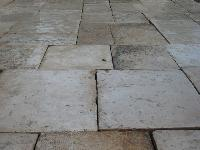 GREAT STOCK OF RECOVERY STONE AGE 1700 OF STONE OF BOURGOGNE CUT 3 CM. FOR INTERIOR,CUT 5 CM. FOR EXTERIOR.MATERIAUX ANCIENS,RECLAIMED ANTIQUE LIMESTONE